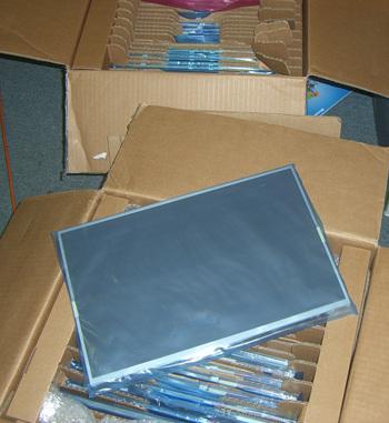 Màn hình laptop Sony bị giật chớp sọc dọc ngang nhòe nhiễu - 1