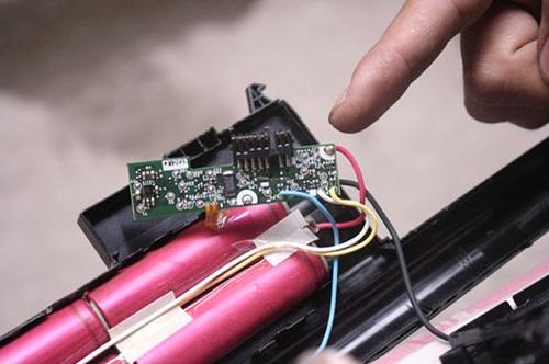 Khắc phục các sự cố về chết mạch Pin laptop - 1