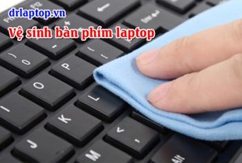 Cách vệ sinh bàn phím laptop SamSung