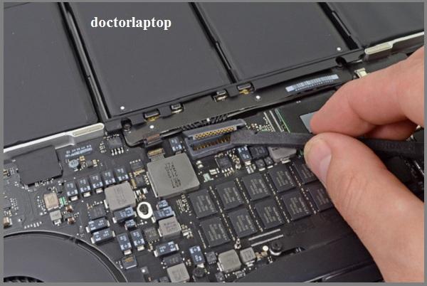 Sửa Macbook không lên nguồn HCM